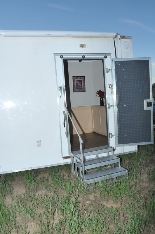 Eventtrailer llc is your solution for fancy nice flushing for Mobile office trailer with bathroom